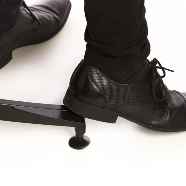 earo chair footrest